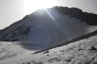 Firn snow field at the onset of the west ridge